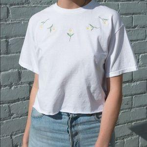 Brandy melville Aleena daisy top